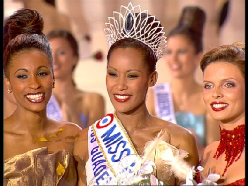 Corinne COMAN : Miss FRANCE 2003