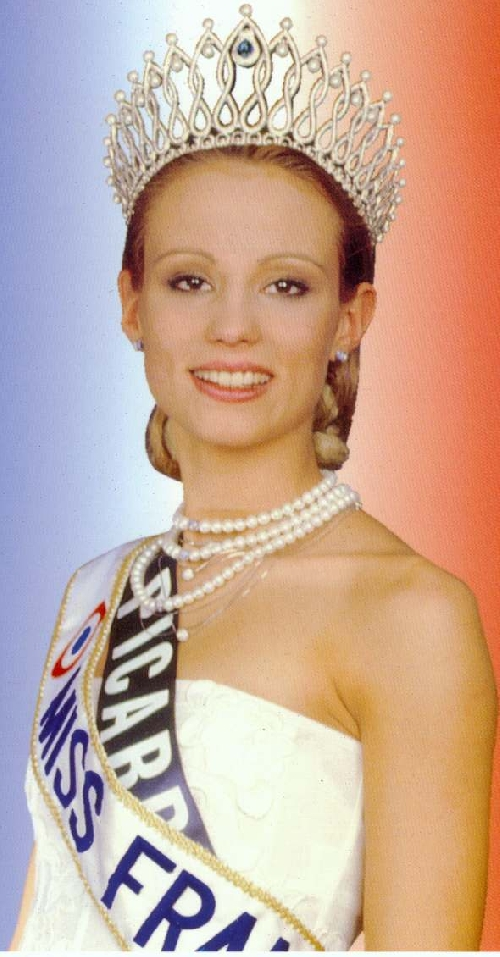 Elodie GOSSUIN : Miss FRANCE 2001