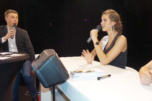 Camille en interview